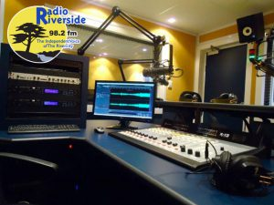 Radio Riverside 98.2 fm - The Indepenent Voice of the Rivercity